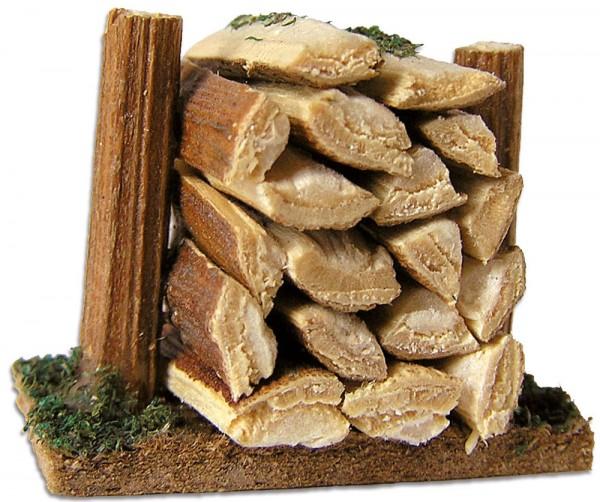 Holzstoß klein