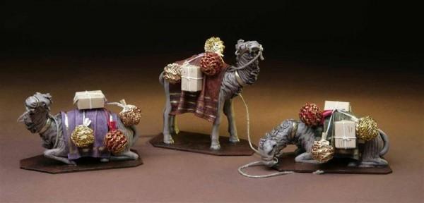 Krippenfigur Kamel Geschenke